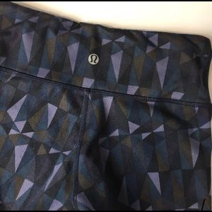 Lululemon wunder under purple geometric leggings 2